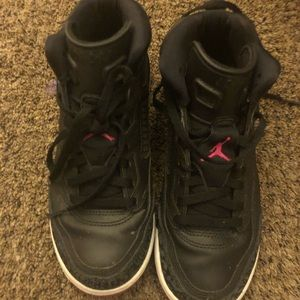 Girls Jordan's size 3 only worn a time or 2